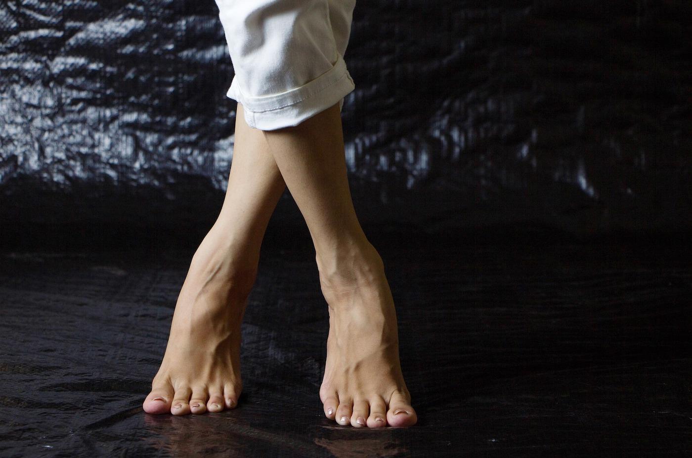 Dolori ai piedi? Impariamo ad autotrattarci